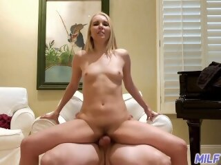 MILF Trip - Cute blonde MILF..